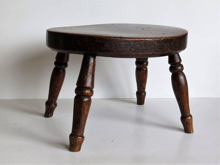 Hand-Crafted Early 19th Century Elm Country Candle Stand or Stool, English Circa 1820 For Sale
