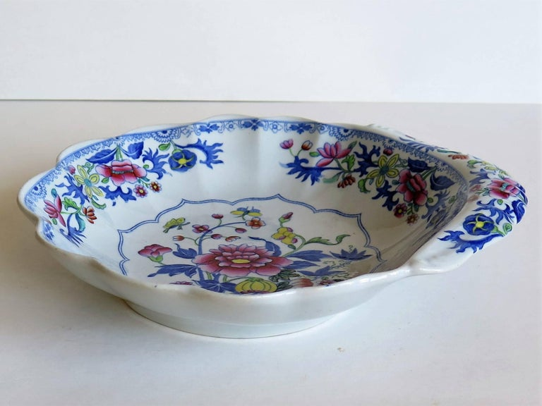 Georgian Spode Ironstone Shell Dish or Plate Bang Up Pattern No. 2886, Ca 1820 In Good Condition For Sale In Lincoln, Lincolnshire