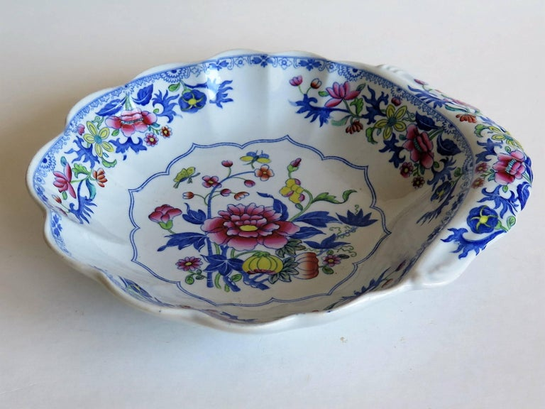 English Georgian Spode Ironstone Shell Dish or Plate Bang Up Pattern No. 2886, Ca 1820 For Sale