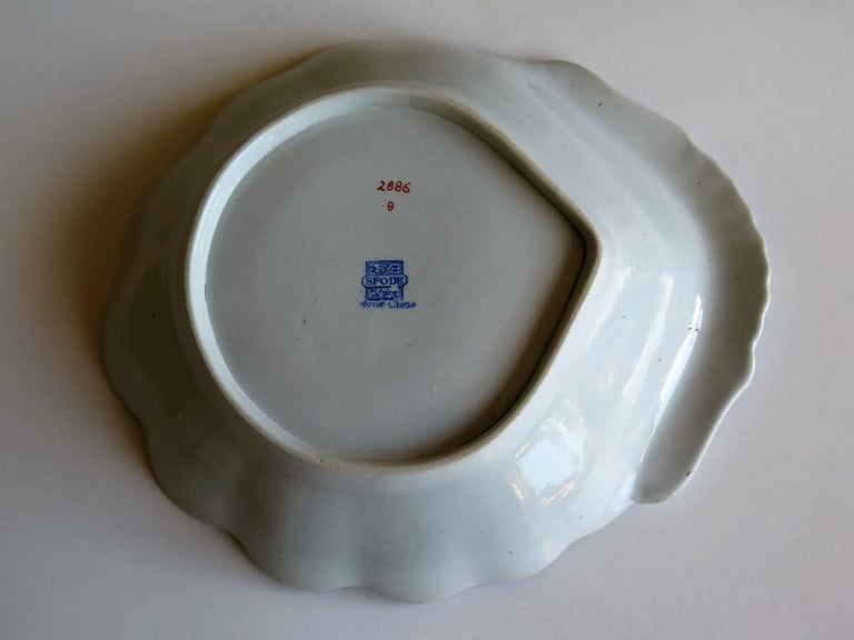 Georgian Spode Ironstone Shell Dish or Plate Bang Up Pattern No. 2886, Ca 1820 For Sale 3