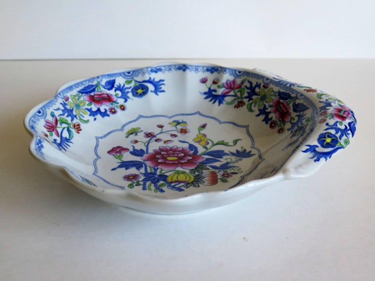 Hand-Painted Georgian Spode Ironstone Shell Dish or Plate Bang Up Pattern No. 2886, Ca 1820 For Sale