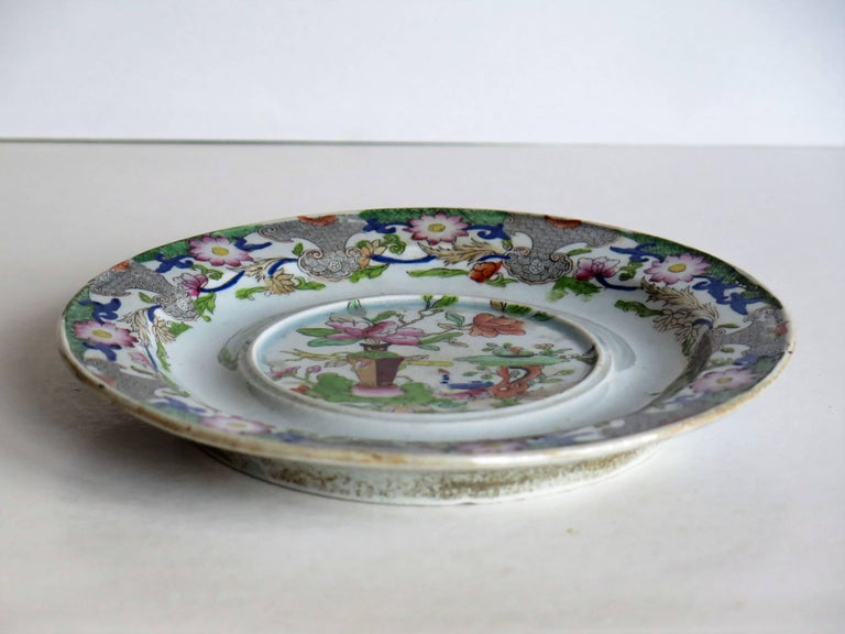 Hand-Painted Early Mason's Ironstone Teapot Stand Table and Flower Pot Pattern, circa 1815 For Sale