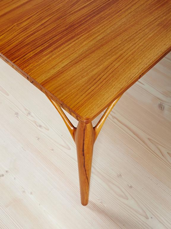 Solid Teak Dining Table Handmade In Style Of 1950s Danish Design For Sale 1