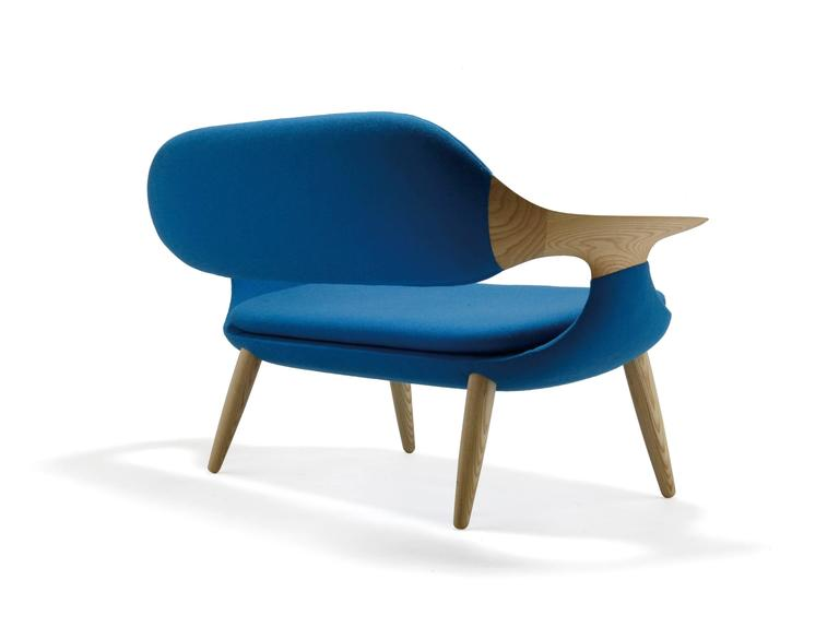 This two-seat sofa made of solid oak with blue Kvadrat fabric speaks for itself. Arguably inspired by Hans Wegner, this sofa is made in Japan by Miyazaki. Comfort is excellent.   We also have this model available made of walnut. For the walnut