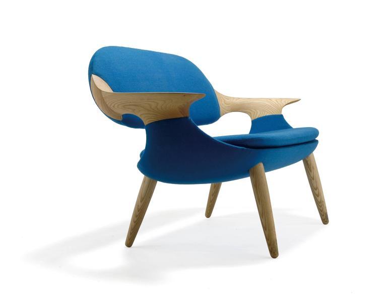 Scandinavian Modern Miyazaki Sofa Made of Solid Oak For Sale
