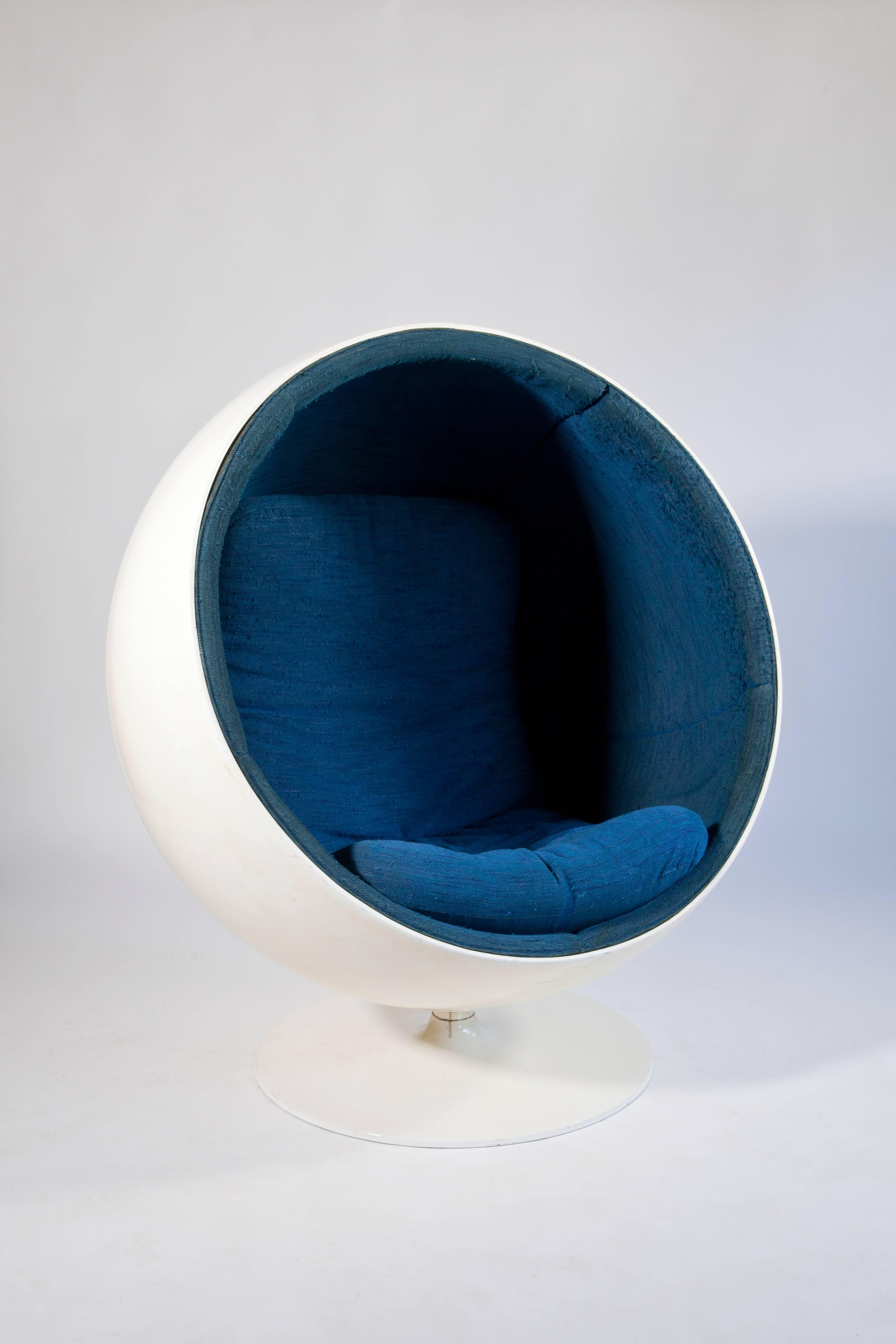 Original Vintage \'Ball Chair\' Designed by Eero Aarnio in 1963 For ...