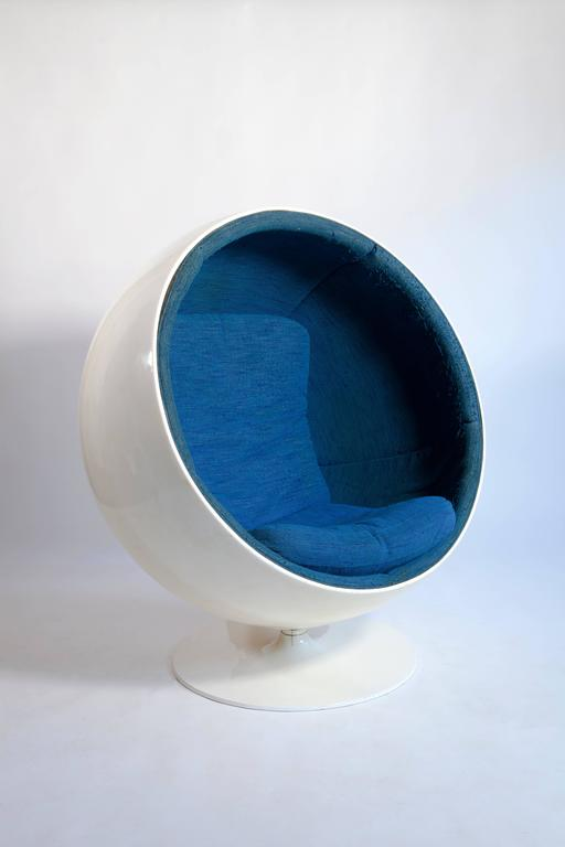 Original Vintage 'Ball Chair' Designed by Eero Aarnio in 1963 10
