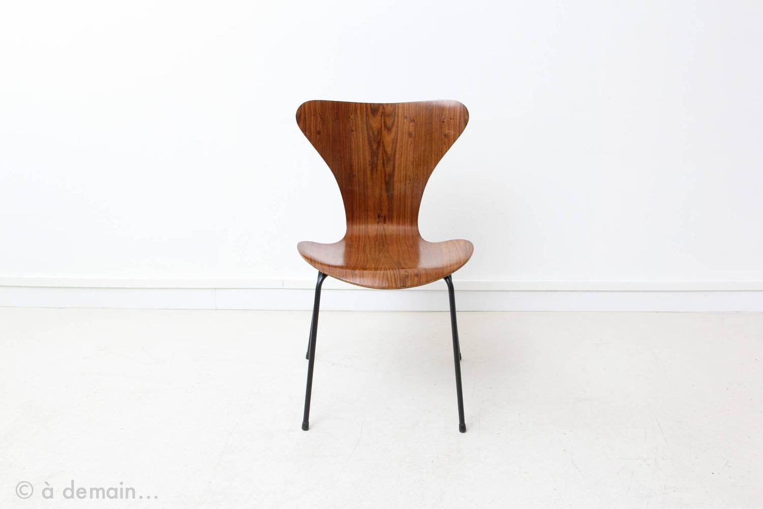 set of four series 7 rosewood chairs by arne jacobsen for probjeto 1970 at 1stdibs. Black Bedroom Furniture Sets. Home Design Ideas