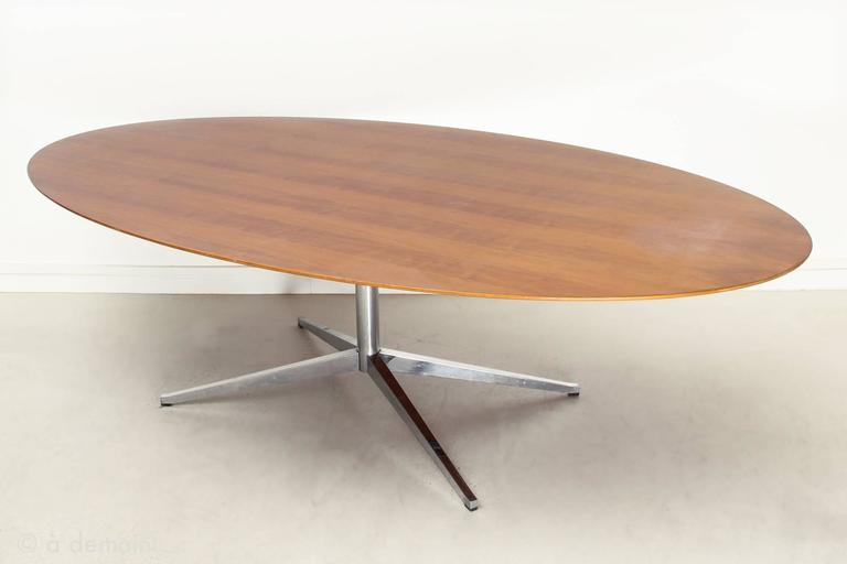 Large Oval Dining Table Designed By Florence Knoll From The 1960s, Standing  On A Central