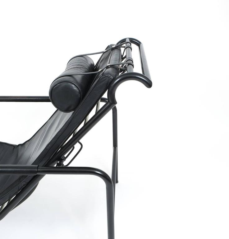 Black Leather Genni Chaise by Gabriele Mucchi for Zanotta In Good Condition For Sale In Vienna, AT