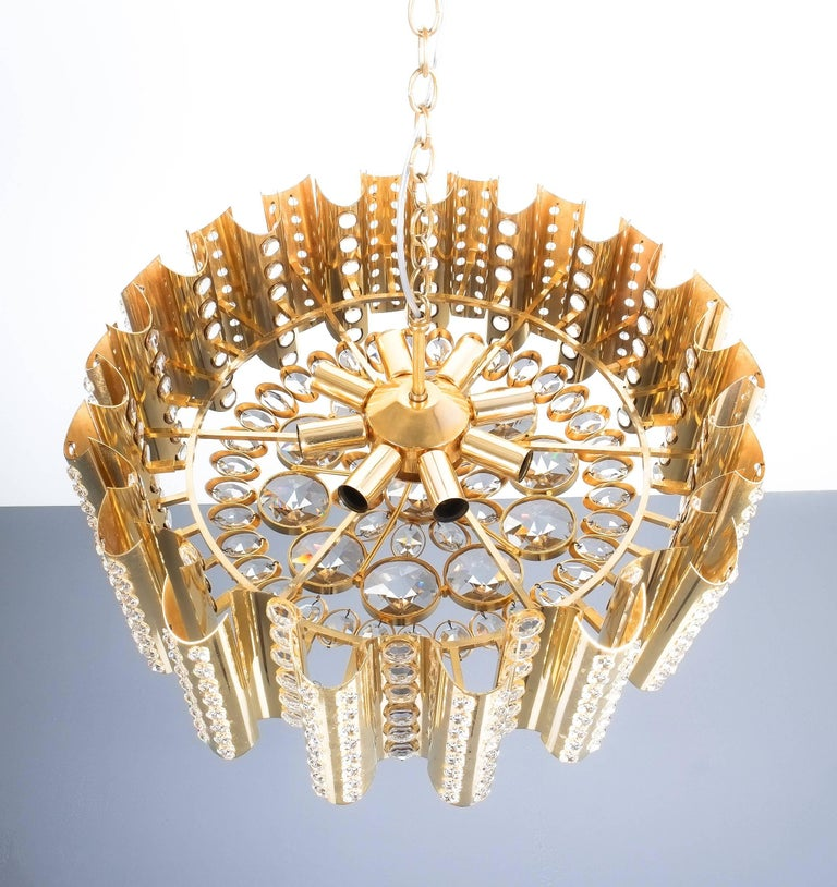 Gilt Large Gold-Plated Brass Glass Chandelier Lamp Attributed to Gaetano Sciolari For Sale