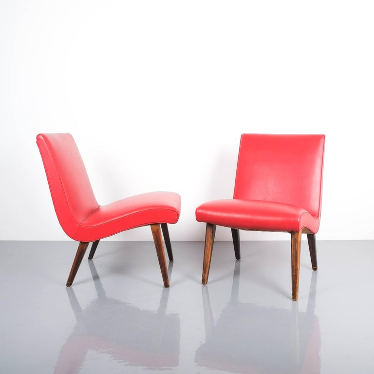 Mid-20th Century Jens Risom Pair of Red Vinyl Faux Leather Chairs 1950 For Sale