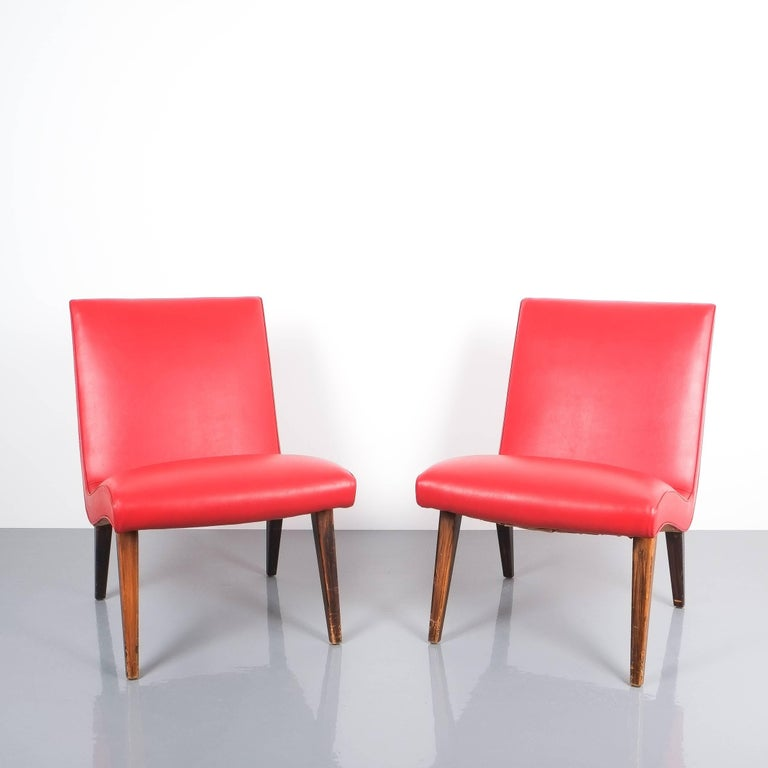 Jens Risom Pair of Red Vinyl Faux Leather Chairs 1950 For Sale 1
