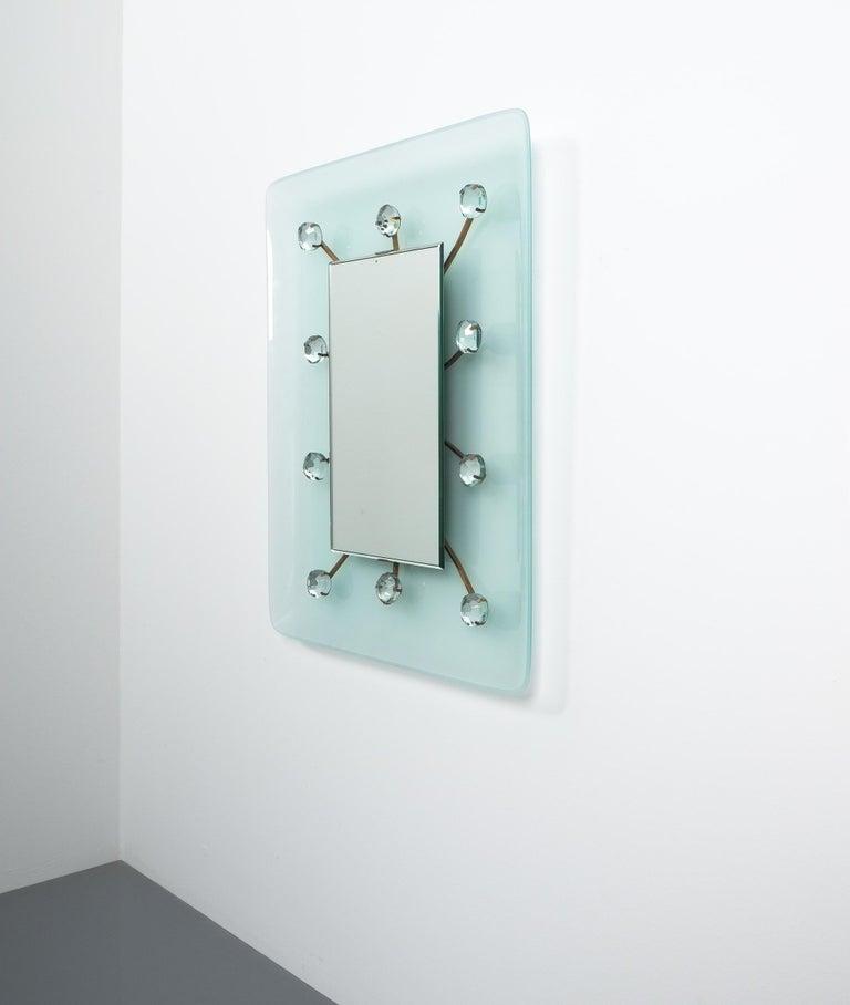 Illuminated Fontana Arte Mirror by Max Ingrand, Italy, circa 1960 For Sale 4