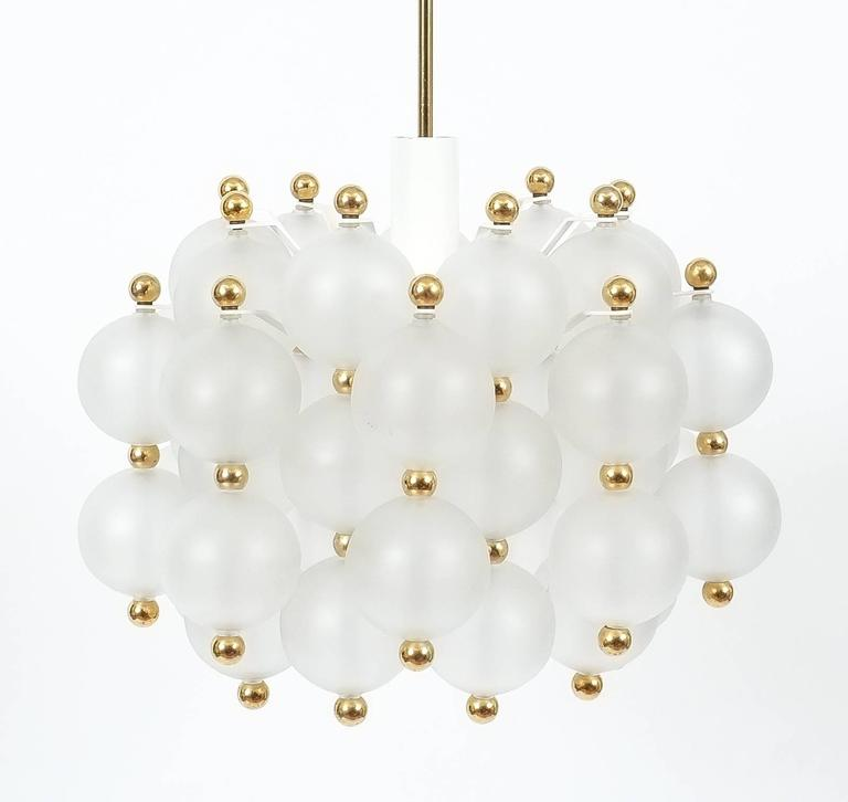 Satin Glass Chandelier Lamp in the Style of Seguso With Gold Knobs, circa 1980 In Good Condition For Sale In Vienna, AT
