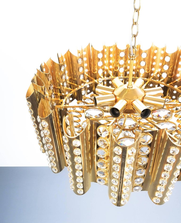 Mid-20th Century Large Gold-Plated Brass Glass Chandelier Lamp Attributed to Gaetano Sciolari For Sale