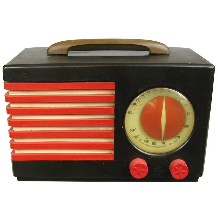1940s Emerson Blue, White and Red Patriot Catalin or Bakelite Tube Radio For Sale
