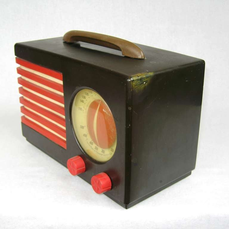 American 1940s Emerson Blue, White and Red Patriot Catalin or Bakelite Tube Radio For Sale