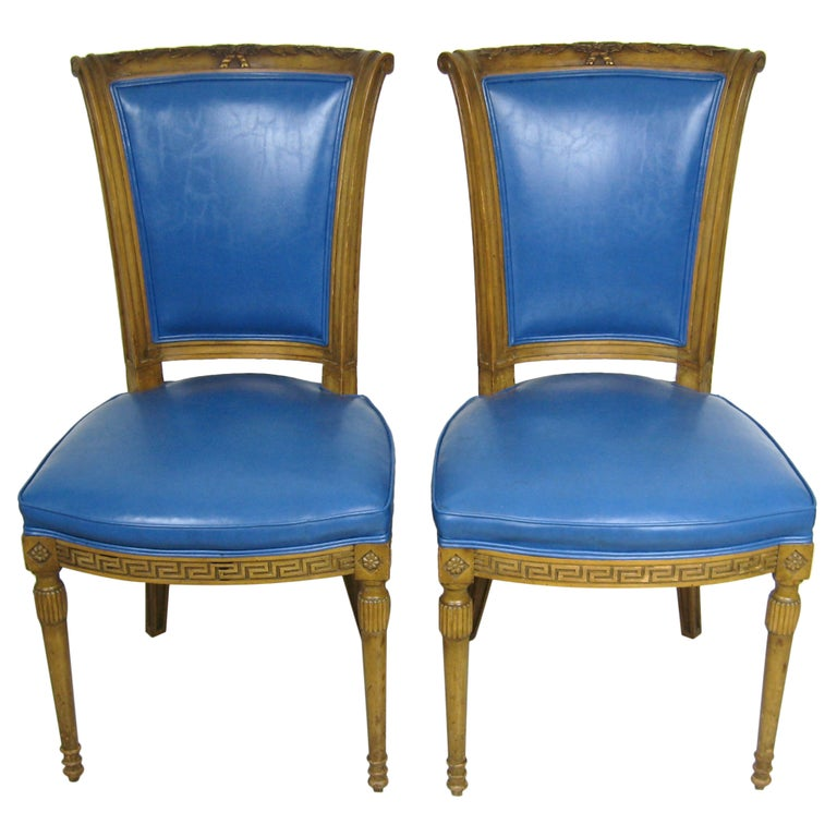 Painted Pair of Italian Louis XVI Neoclassical Chair For Sale