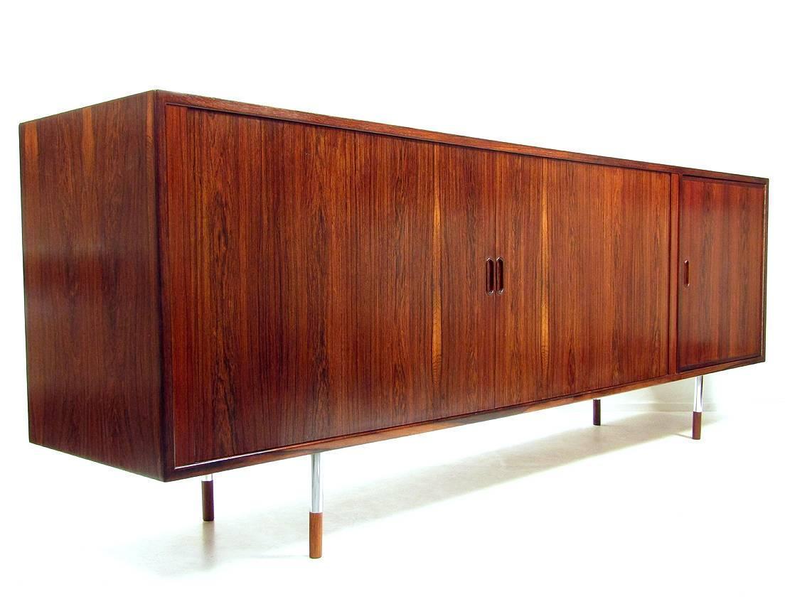 minimalist rosewood sideboard by arne vodder for sale at 1stdibs. Black Bedroom Furniture Sets. Home Design Ideas