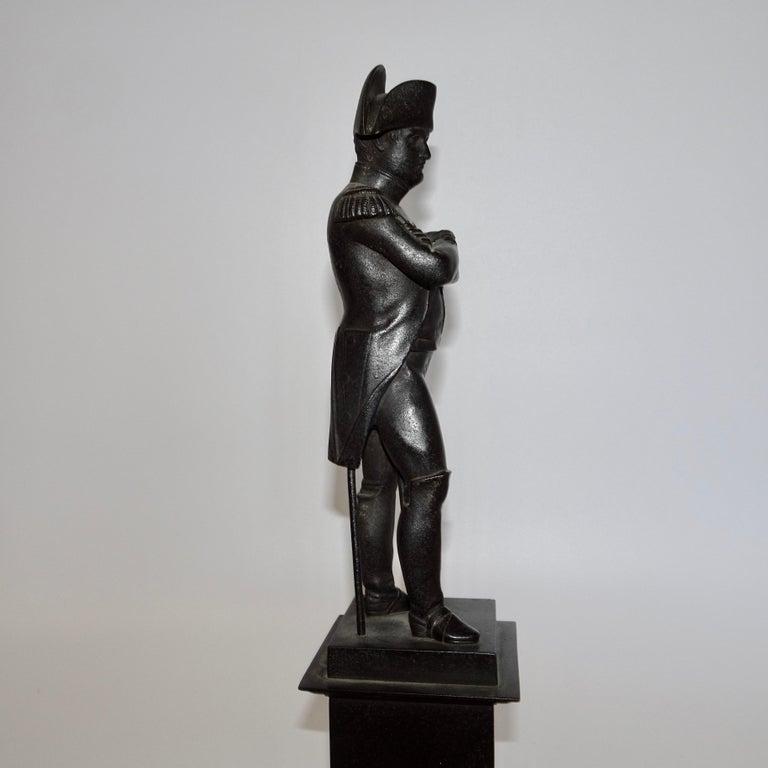 19th Century Black Bronze Statuette of Napoleon Bonaparte For Sale 4