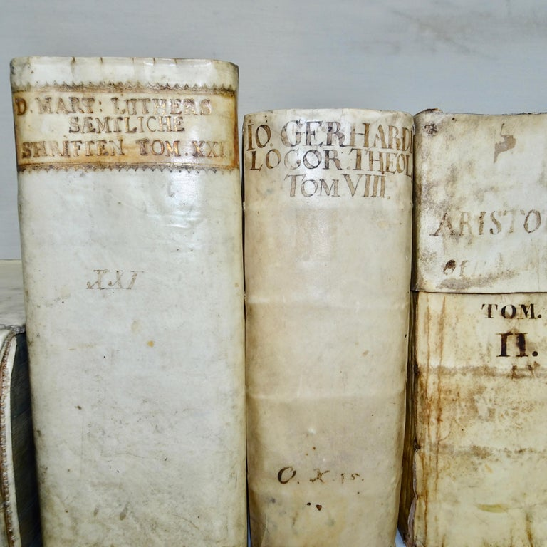 17th and 18th Century Collection of Four All Vellum Books  In Good Condition For Sale In Nashville, TN