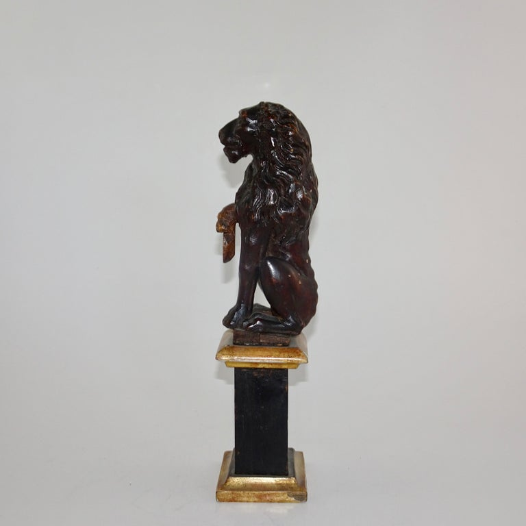 Pair of 19th Century Bronze Lion Statues on Marble Bases For Sale 9