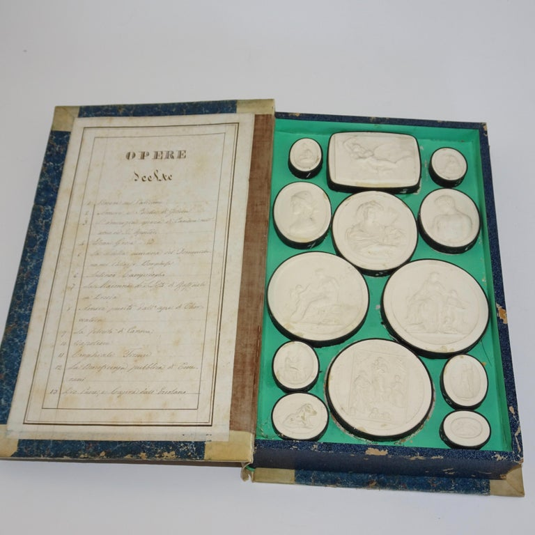 Italian Early 19th Century Pair of Grand Tour Intagilos in a Box Designed as a Book For Sale