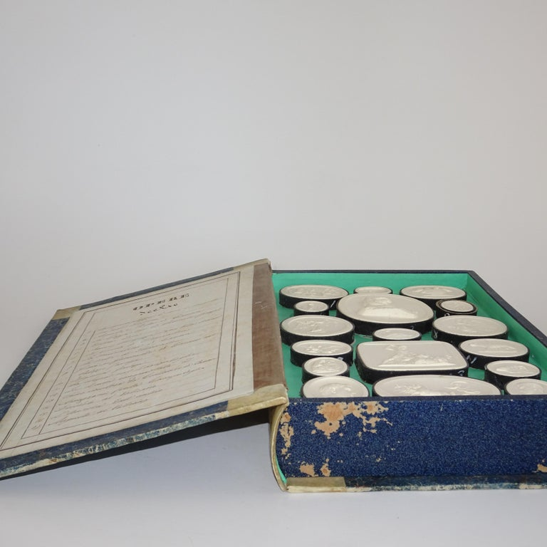 Early 19th Century Pair of Grand Tour Intagilos in a Box Designed as a Book For Sale 10