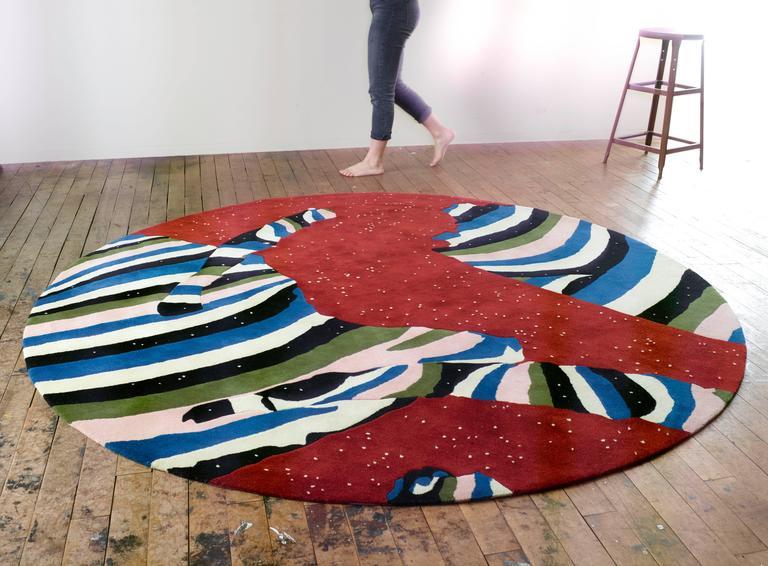 Cosmos Round Rug by Cody Hoyt + kinder MODERN in 100%, New Zealand Wool 3