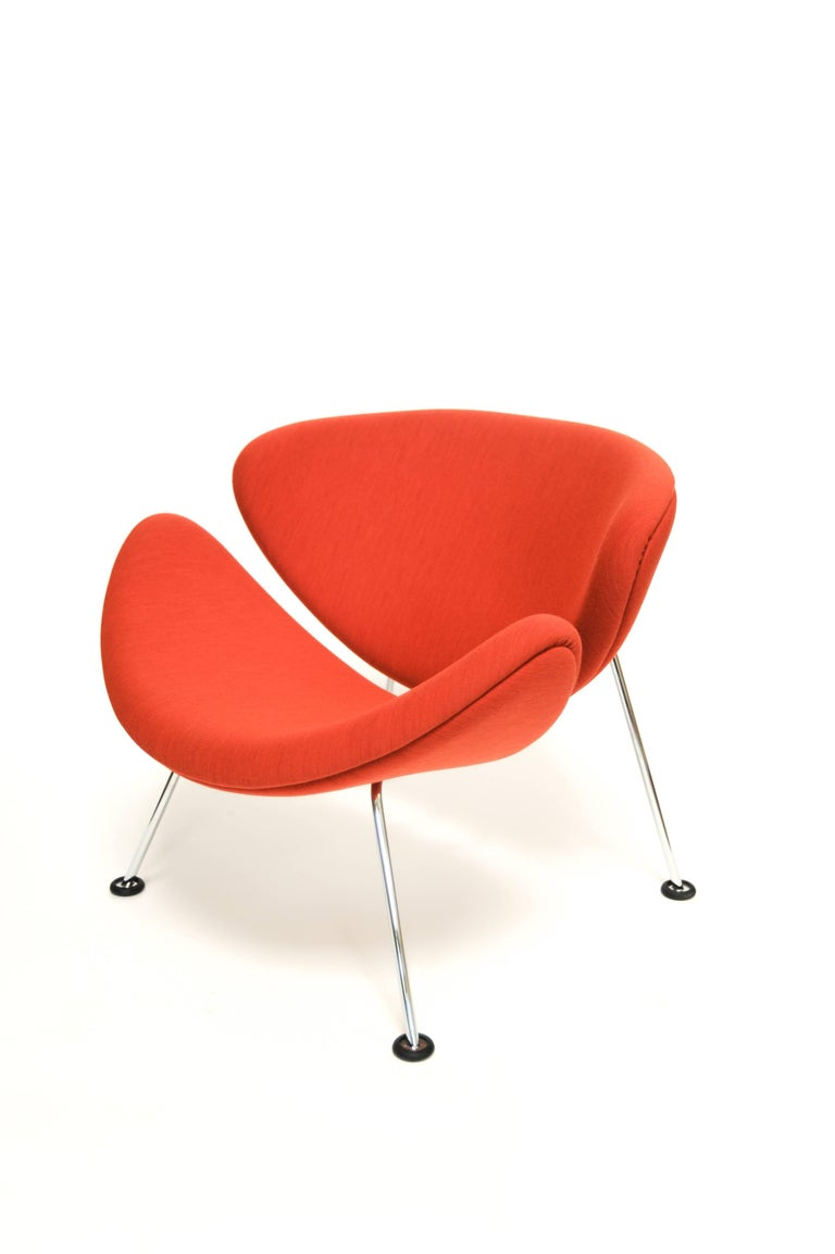Orange slice Jr chair by Pierre Paulin in Bute 'Tiree', Netherlands.  Produced by Artifort, Netherlands, 2017 Measures: H 21.25 in, W 24.5 in, D 24.5 in (seat H 12.25 in) Fabric: Bute 'Tiree'  Chair as shown: Febrik 'Uniform' fabric, orange,
