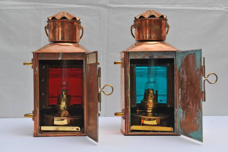 Pair of Nautical Copper Port and Starboard Navigation Lights In Excellent Condition For Sale In Nantucket, MA