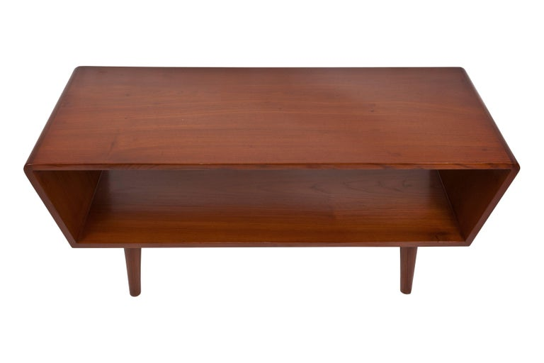 20th Century Danish Mid-Century Modern Coffee or Cocktail Table, circa 1950s-1960s For Sale