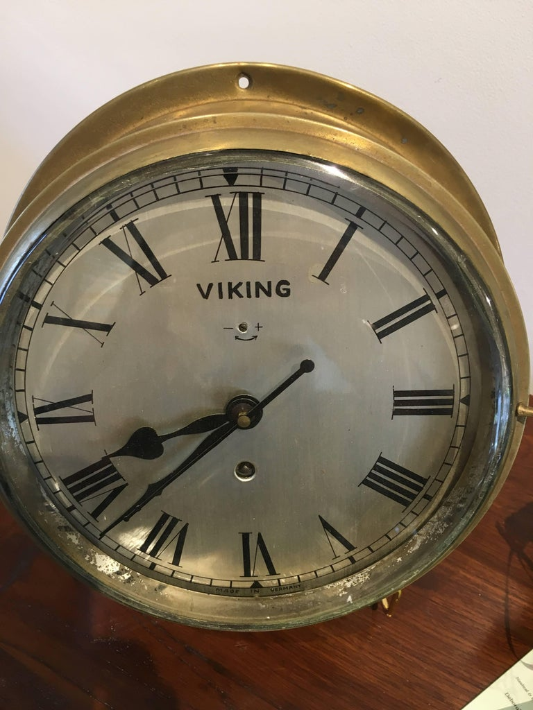 Nautical Brass Ship's Clock, circa 1960s In Good Condition For Sale In Nantucket, MA