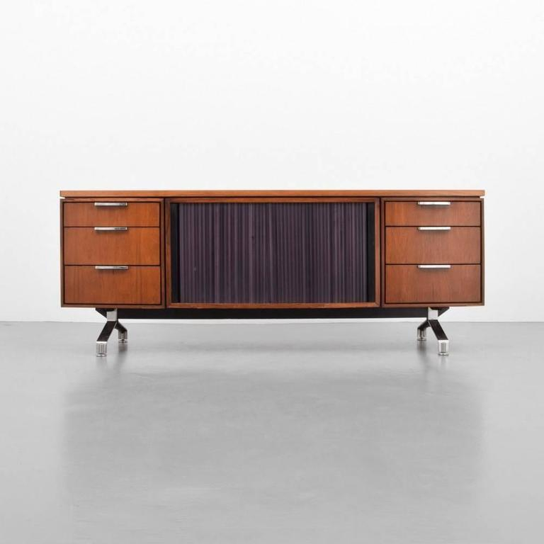Mid-Century Modern Imperial Desk Company Rosewood Credenza, 1960s, USA For Sale