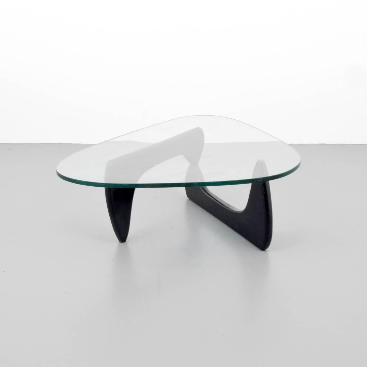Early edition isamu noguchi table in 1950 table by herman miller 1949 at 1stdibs Herman miller noguchi coffee table
