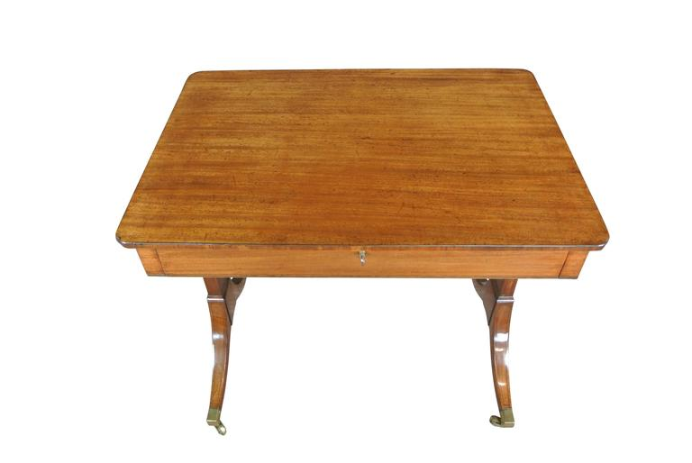 Early 19th Century Regency Mahogany Occasional Table For Sale