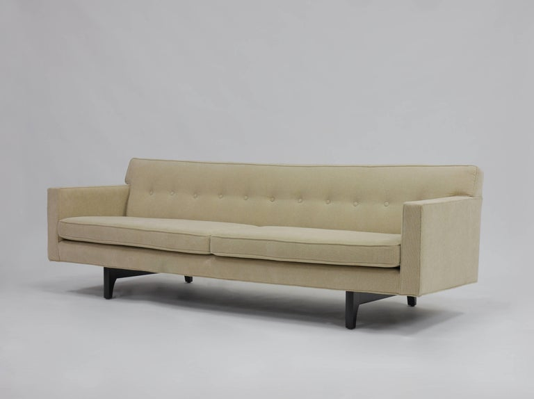 Bracket Back Sofa by Edward Wormley for Dunbar 9