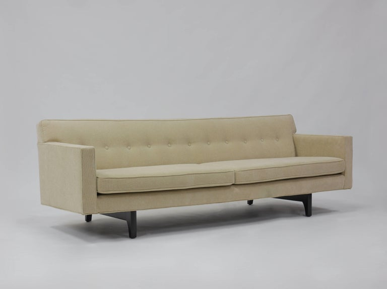 Bracket Back Sofa by Edward Wormley for Dunbar 10