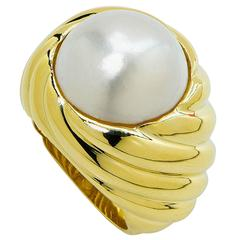 Tiffany & Co. Mabe Pearl Gold Ring