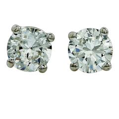 1.44 Carats Diamonds Gold Stud Earrings