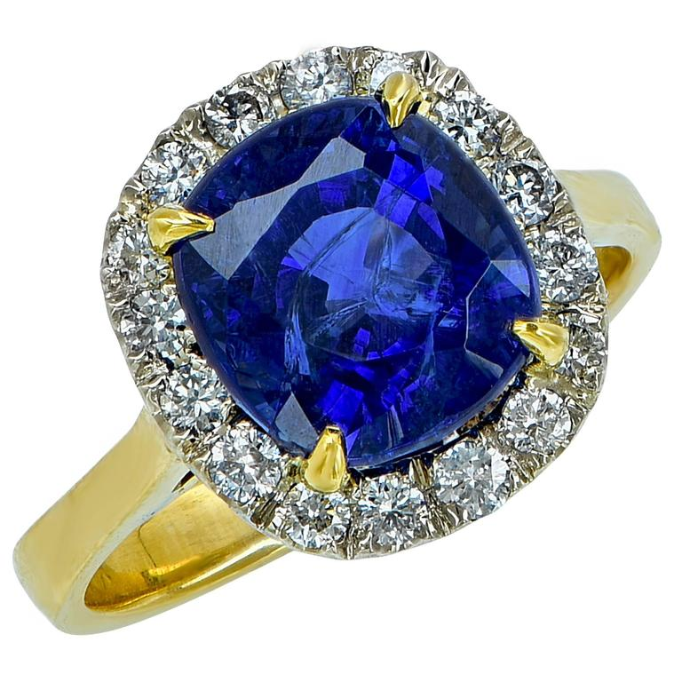 AGL Graded 4.97 Carat Sapphire Diamond Yellow Gold Ring For Sale