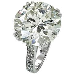 13.50 Carat Diamond Platinum Engagement Ring