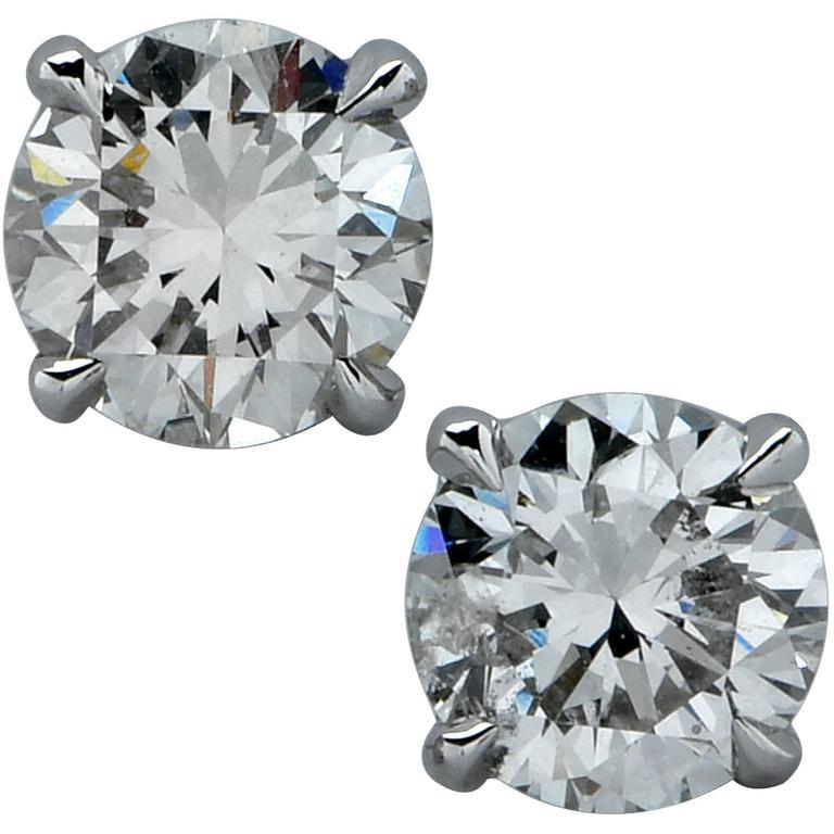 1 Carat Diamond Solitaire Stud Earrings For Sale