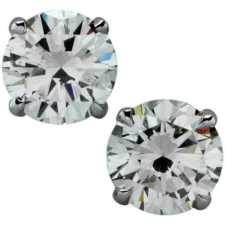 1.39 Carat Diamond Solitaire Stud Earrings For Sale