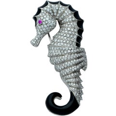 Estro Diamond and Onyx Seahorse