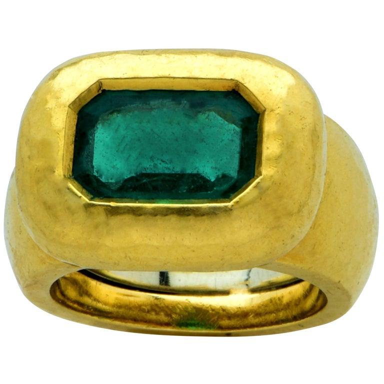 David Webb Hammered 18 Karat Yellow Gold Emerald Ring