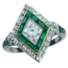 Modern Art Deco Style 1.35 Carat Diamond and Emerald Ring