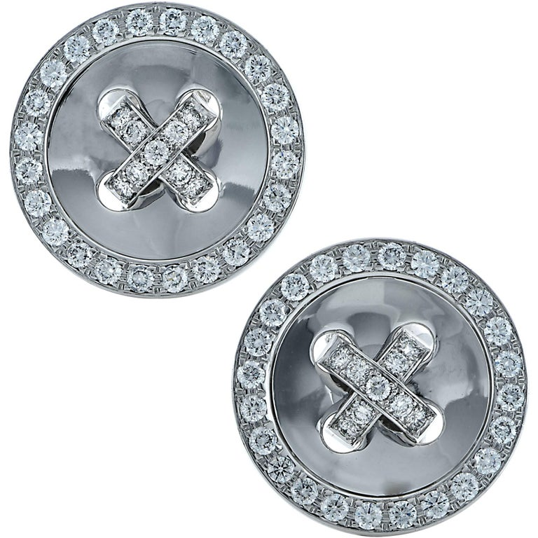 Van Cleef & Arpels Button Earrings For Sale