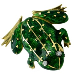 Enamel and Diamond Frog 18 Karat Yellow Gold Brooch Pin